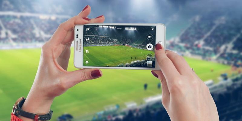 Tiesioginės futbolo transliacijos internetu nemokamai per telefoną