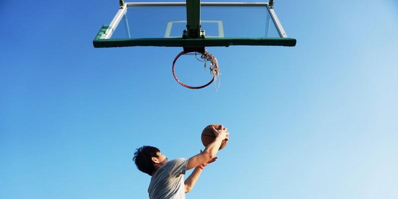 Metimas į krepšį - krepšinis krepšinio transliacijos tiesiogiai internetu